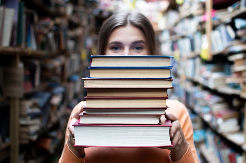 How To Effectively Sell Books In Bulk In 2021