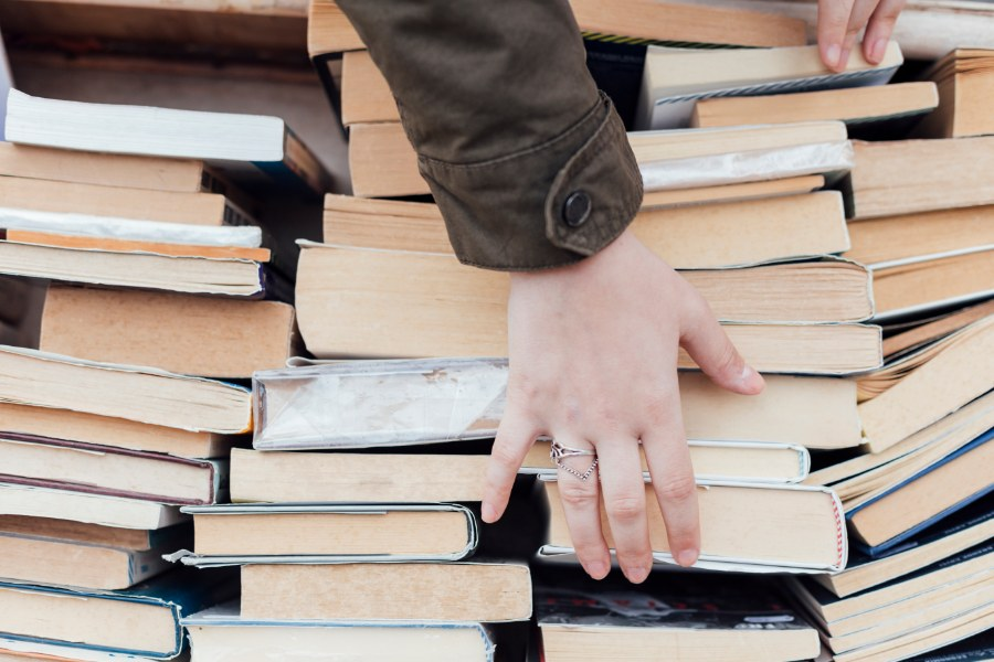 sell used books in denver